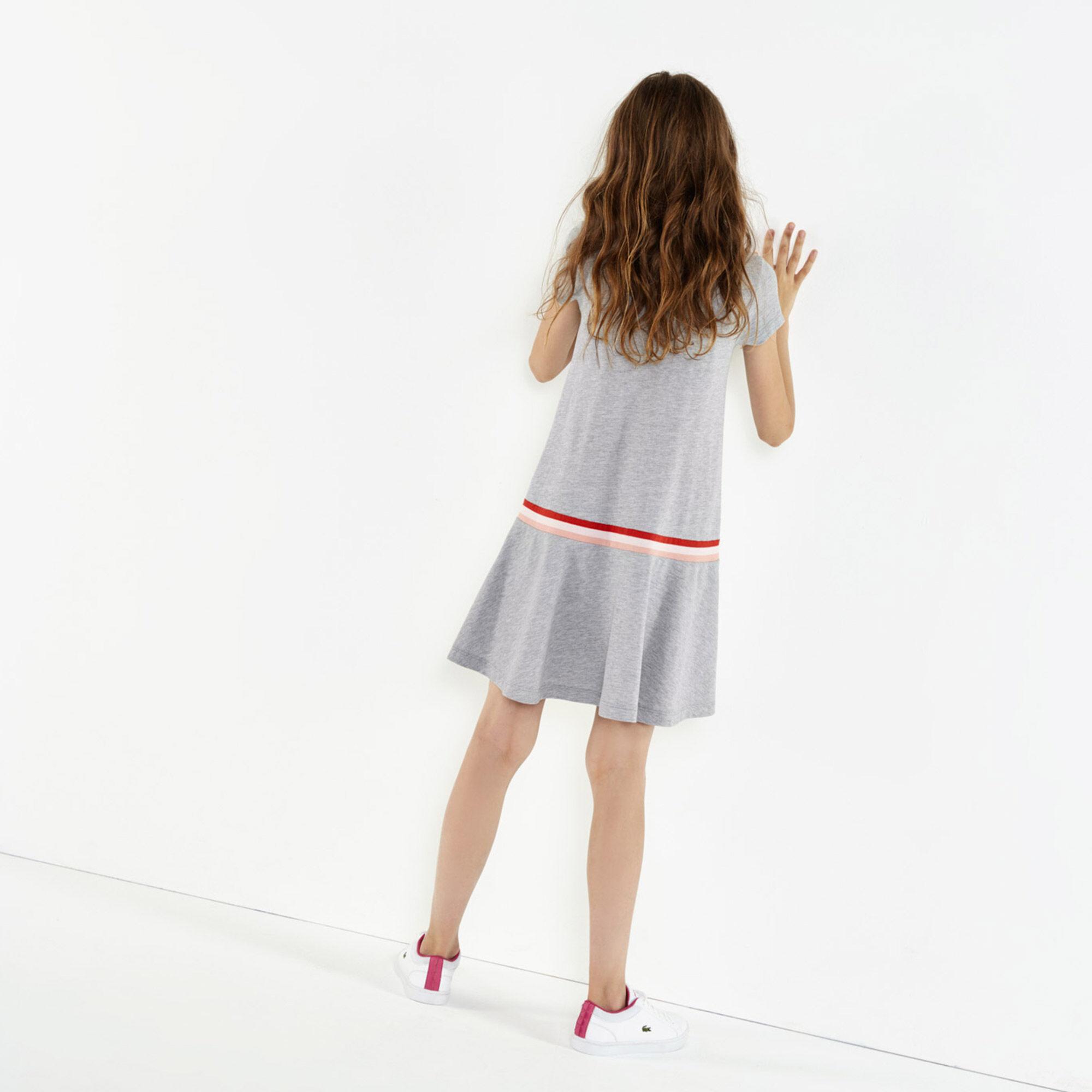 فستان بولو مزدان بطيات للفتيات من قطن بيتي بيكيه