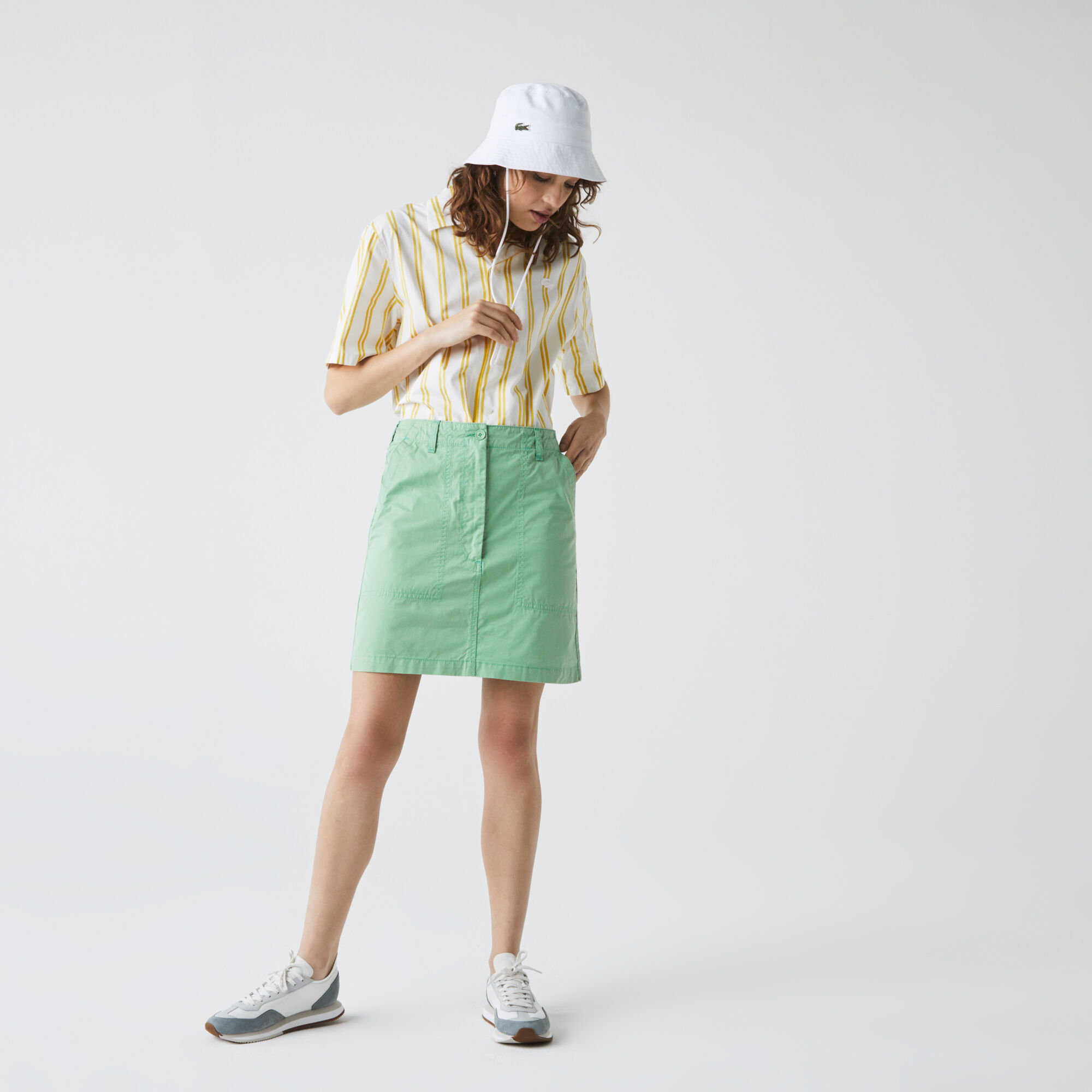 تنورة بجيوب قطنية قصيرة خفيفة للنساء