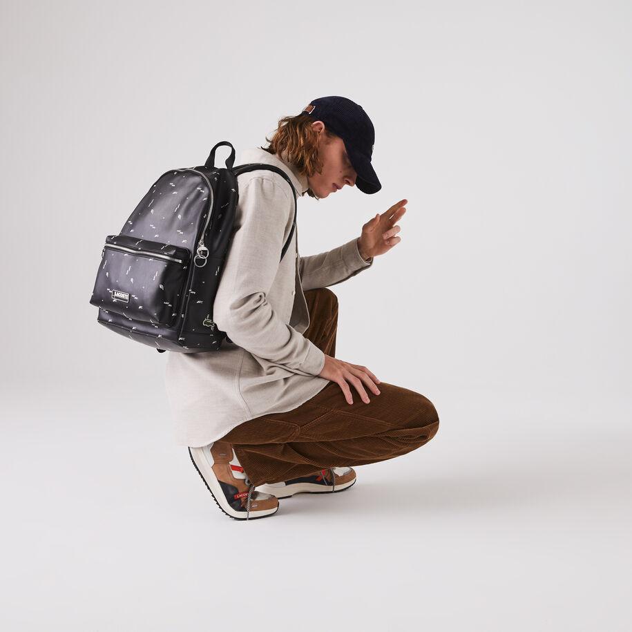 حقيبة ظهر من القماش المغلف بالبلاستيك مع طبعات بحروف Lacoste للرجال